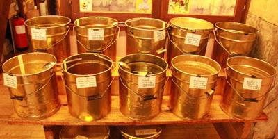 miel, plus de 14 variétés de miels, crémeux, liquides, ...